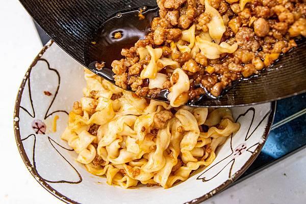 【宅配乾拌麵】幸福相伴麵-真的跟現煮一樣美味!比名店還要厲害的乾拌麵美食