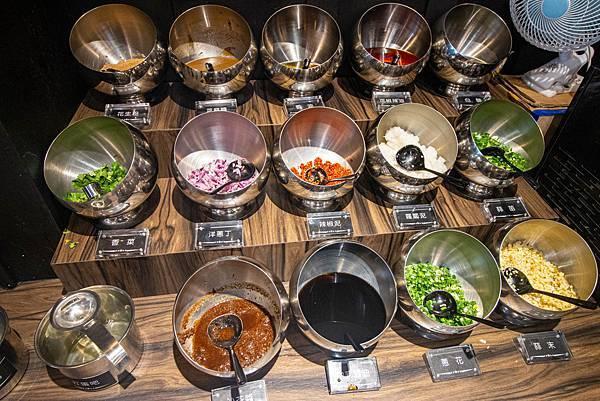 【林口美食】巴適經典麻辣鍋-單點的品質!超過15種不同部位的高品質肉類麻辣火鍋吃到飽