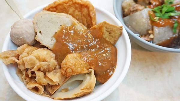 【台北美食】賽門甜不辣-西門町裡超過60年老字號的美食小吃店