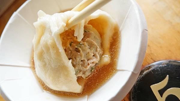 【台中美食】老鋪子湯包-比一般還要大一倍以上的巨無霸湯包!