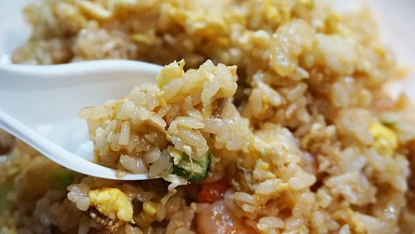 【台北美食】大眾海鮮粥-吃過的人都給予不錯評價的路邊攤熱炒店