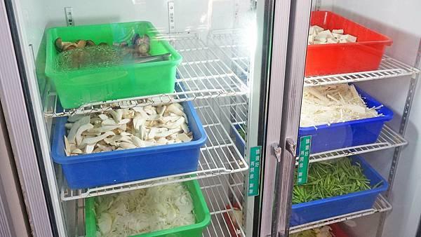 【苗栗景點】台灣水牛城-CP值爆表!烤肉吃到飽2.5小時只要280元!還可以免費觀賞動物、坐小火車,親子必玩景點!