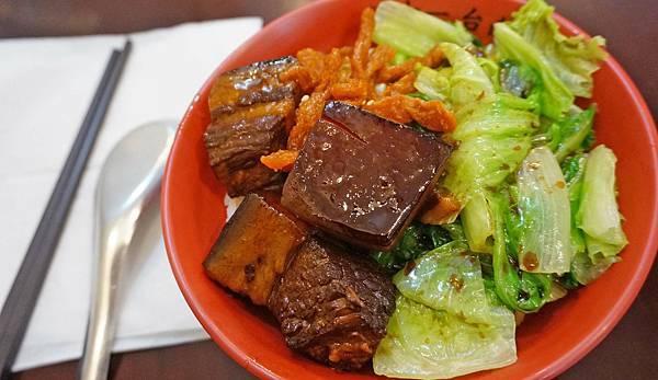 【台北美食】洪十一台南擔仔麵-1個禮拜只開四天每次只開3小時的巷弄版美食小吃店