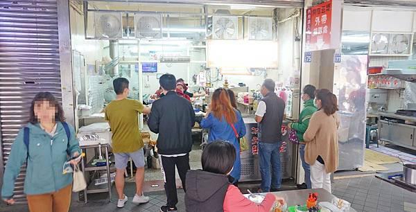 【基隆美食】阿信豆漿-超人氣豆漿店!滿滿焦香味迷人的美味豆漿