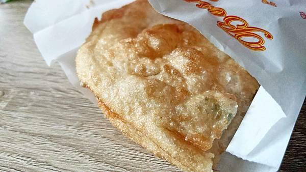 【板橋美食】古早味蔥油餅-從路邊攤做到店面的蔥油餅美食
