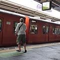 大阪環球影城坐鐵路一下子就到了