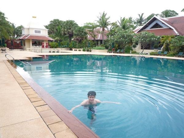 水很溫!!