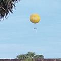 氫氣球可以升空看小吳哥,一次$15