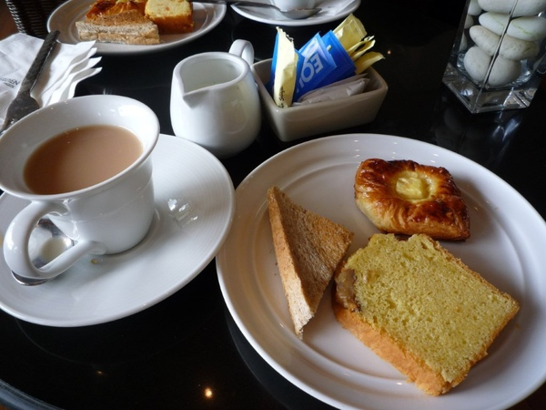 睡完午覺起來又有下午茶可以吃XD