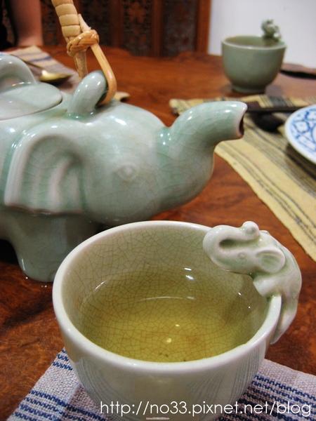 小象茶壺.jpg