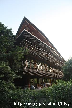 台北市立圖書館北投分館.jpg