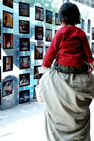訂婚相片牆.jpg