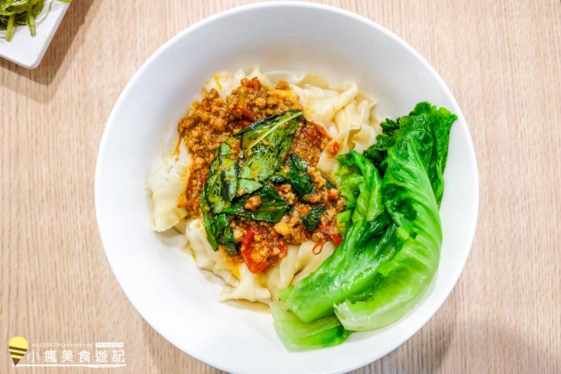 草屯晚餐點麵小籠包+牛肉麵菜單心得 (21).jpg