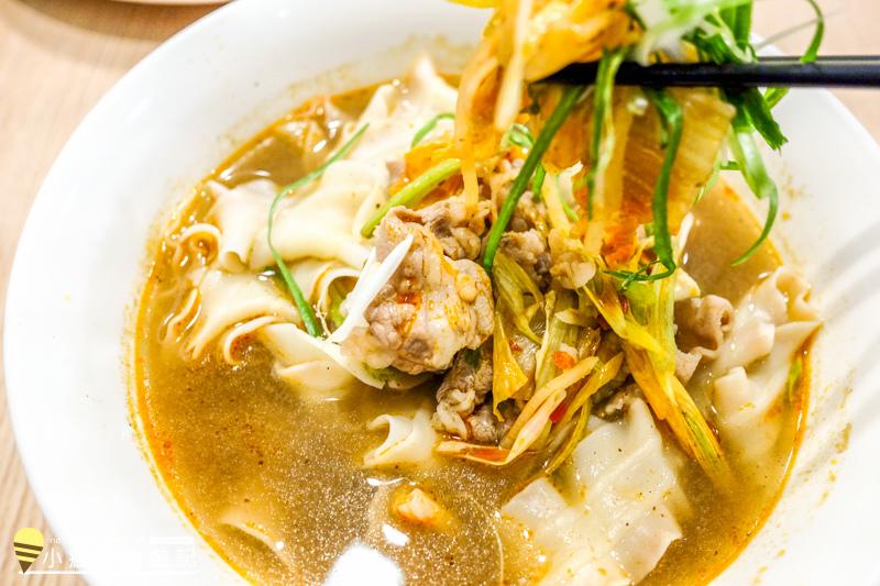 草屯晚餐點麵小籠包+牛肉麵菜單心得 (25).jpg