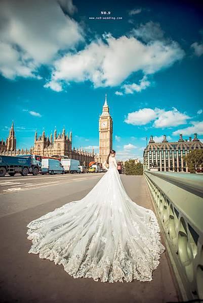 一字領裸鑽法式蕾絲手工婚紗