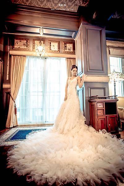 拍照婚禮婚紗-美背款蓬裙白紗
