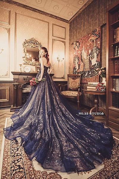 NO.9婚紗攝影-桃心領星空藍色禮服