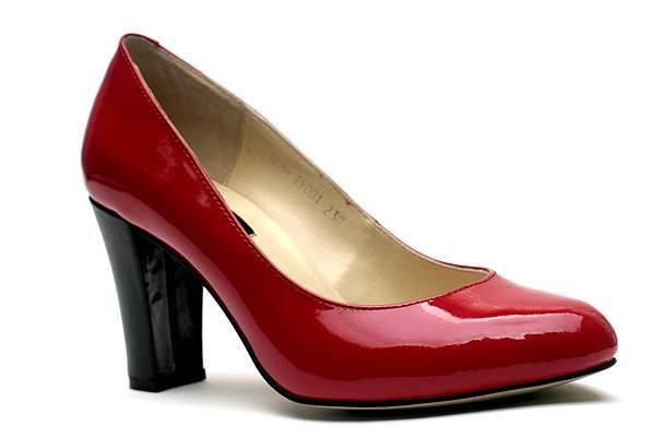 EF001 某航空員工訂製鞋