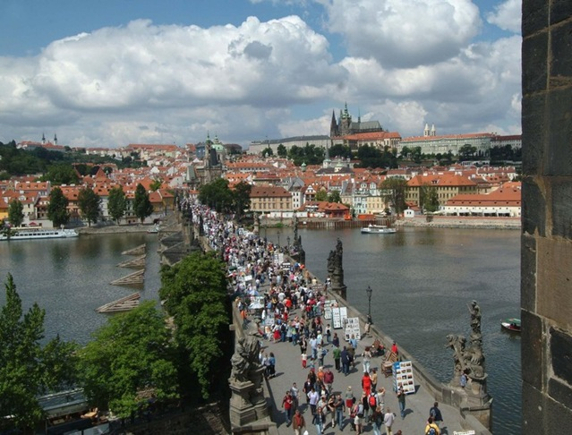 3_prague_charles_bridge