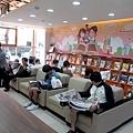 一樓圖書報紙閱覽區.JPG