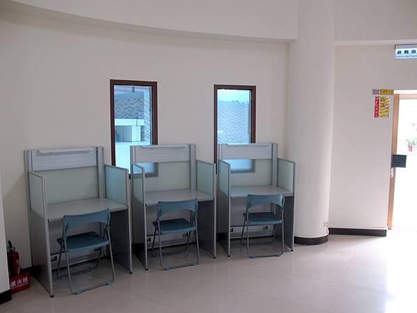 三樓的用功讀書區 (2).JPG