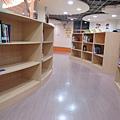 二樓的兒童閱讀室 (3).JPG