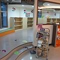 二樓的兒童閱讀室 (4).JPG