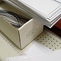 三角桌曆製作過程(環裝準備好).JPG