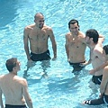 Veron, Tevez, Diego Milito, Burdisso y Crespo en la pileta Copa America 2007_10072007.jpg