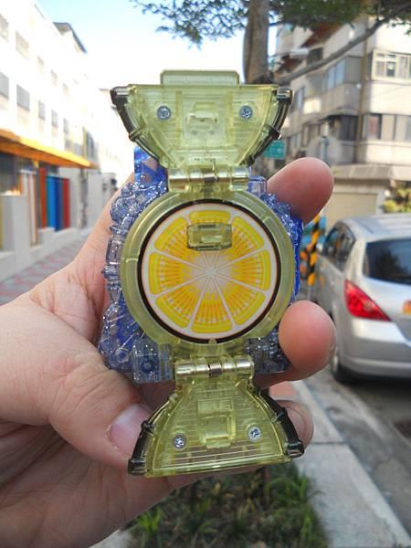 レモンエナジーロックシード02