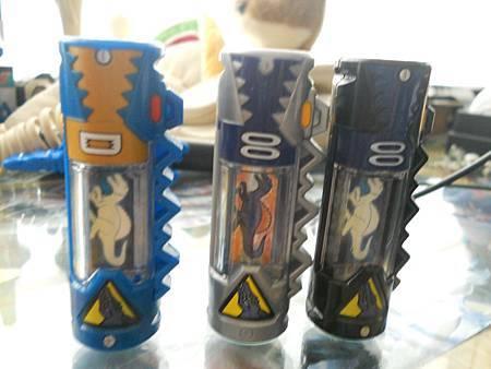 迪斯龍者電池比較01