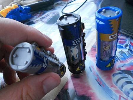 迪斯龍者電池比較02