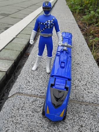 二號藍烈車