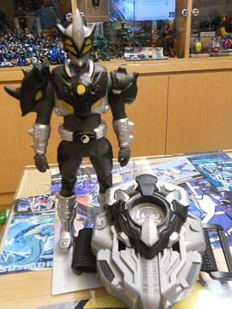 黑犀俠01