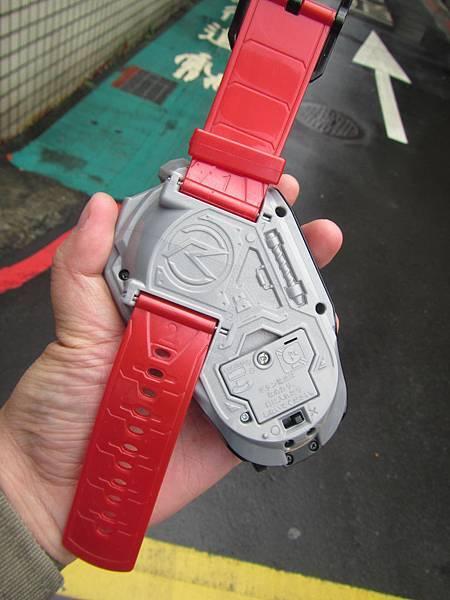 地唯手錶03.JPG
