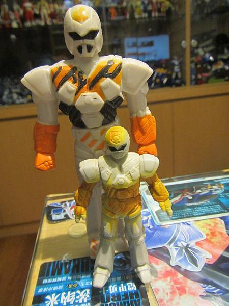 戰鬥機器人凱聖01.JPG