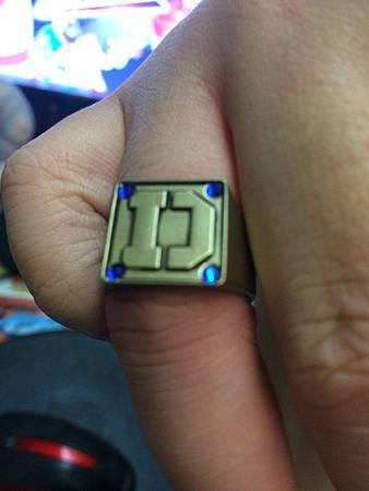 電子戰隊變身戒指11.JPG