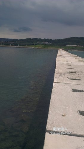 台北港南堤