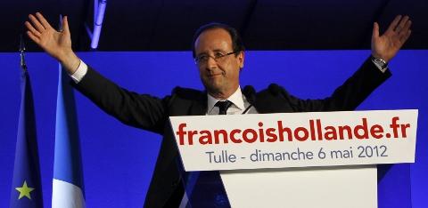 歐蘭德(Francois Hollande)迎接法國總統大選的勝利。(圖片來源 達志影像.美聯社)