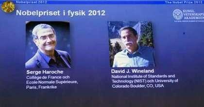 美國物理學家溫藍德(右)和法國物理學者雅霍許(左),挑戰量子力學獲本屆諾貝爾獎。圖片來源:達志影像 美聯社