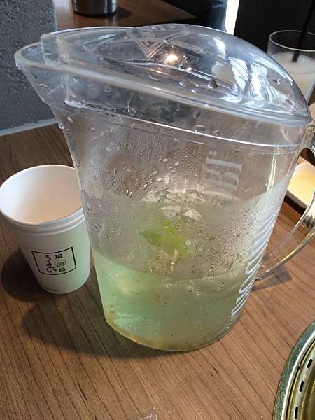 送的飲料-檸檬雪碧