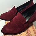 暖色素雅粗跟鞋(酒紅)