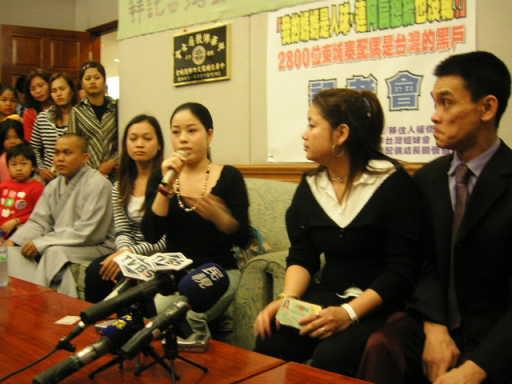 960303柬埔寨身分證記者會4(立法院)