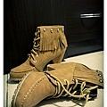 20110114 復古皮流蘇繫鞋帶短靴