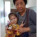 12-1011214和外婆去上美術課11