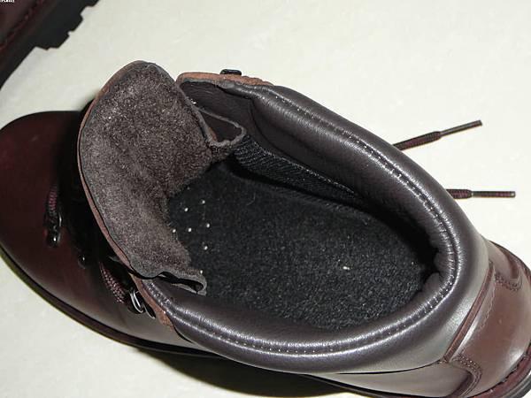 鞋子裡面看起來就很舒爽