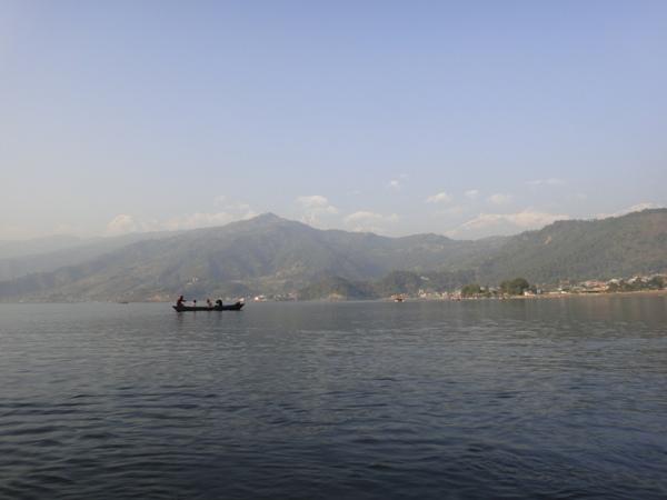 尼泊爾(8)-費娃湖山光水色