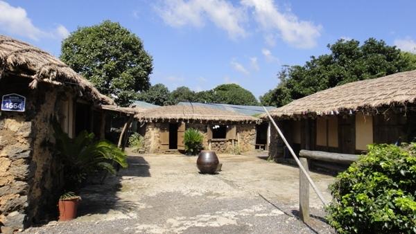 濟州島(6)-民俗村庭院