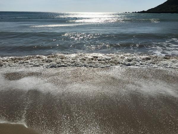 2017墾丁(3)_2_海水與沙灘的纏綿
