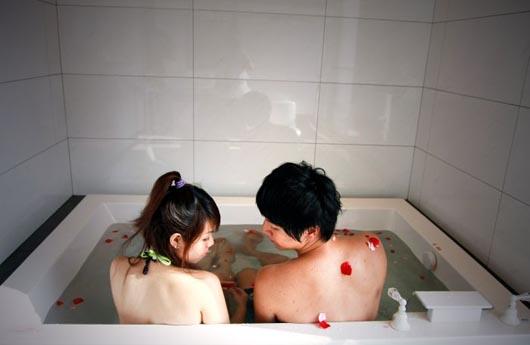 幻彩氣泡浴池.jpg